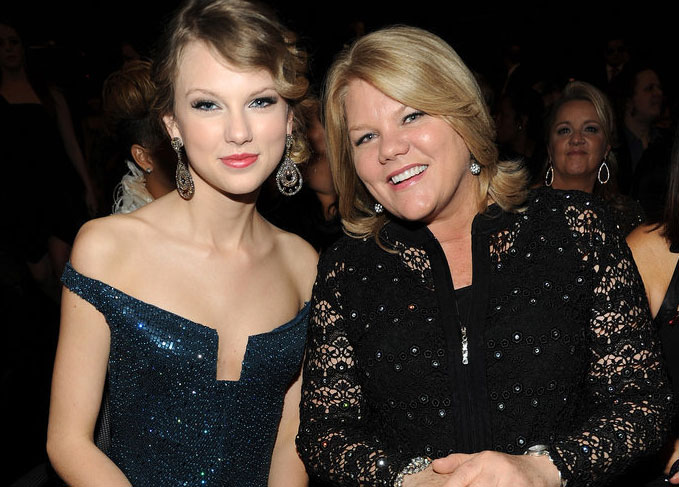 Taylor Swift Mother's Day