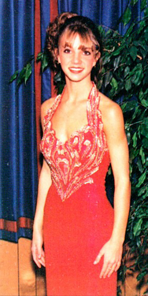Awkward Celebrity Prom Photos Britney Spears