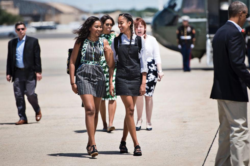 Malia and Sasha Obama Sister's Day