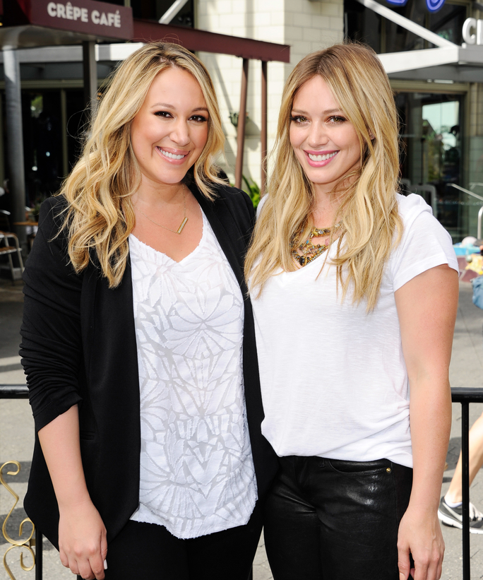 Hilary and Haylie Duff Sister's Day